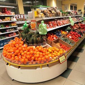 Супермаркеты Приютного